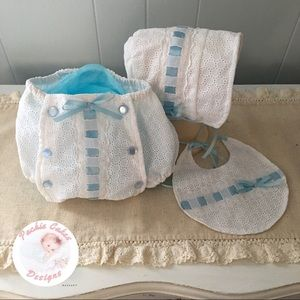 Eyelet heirloom button front diaper cover set